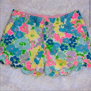 Lilly Pulitzer Buttercup Floral Shorts - 00